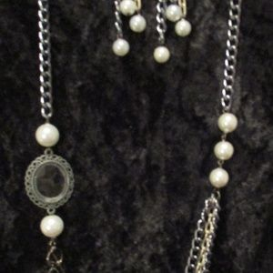 Blue & Sliver Chain Pearl Necklace & Earrings